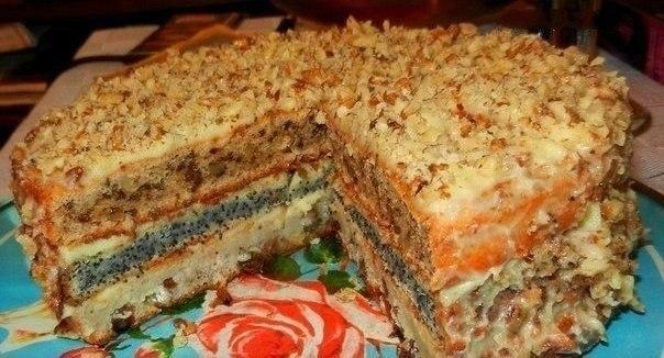 Трехслойный торт с маком изюмом и орехами пошаговый